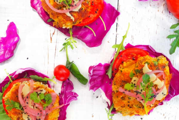 Curry-Chickpea-Burger-All-Day-Fit