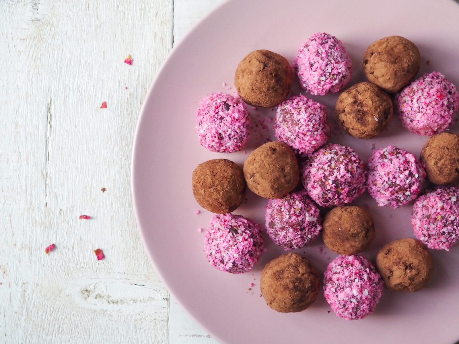 Maca-Valentine-Truffles-All-Day-Fit