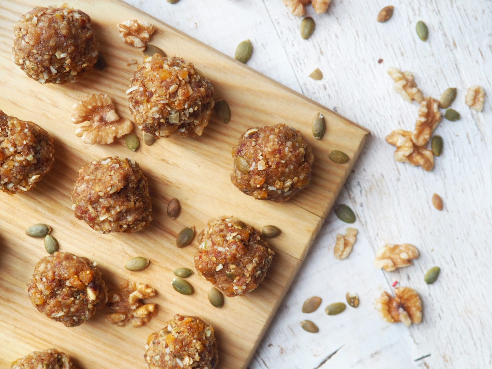 Apricot-Energy-Bites-All-Day-Fit