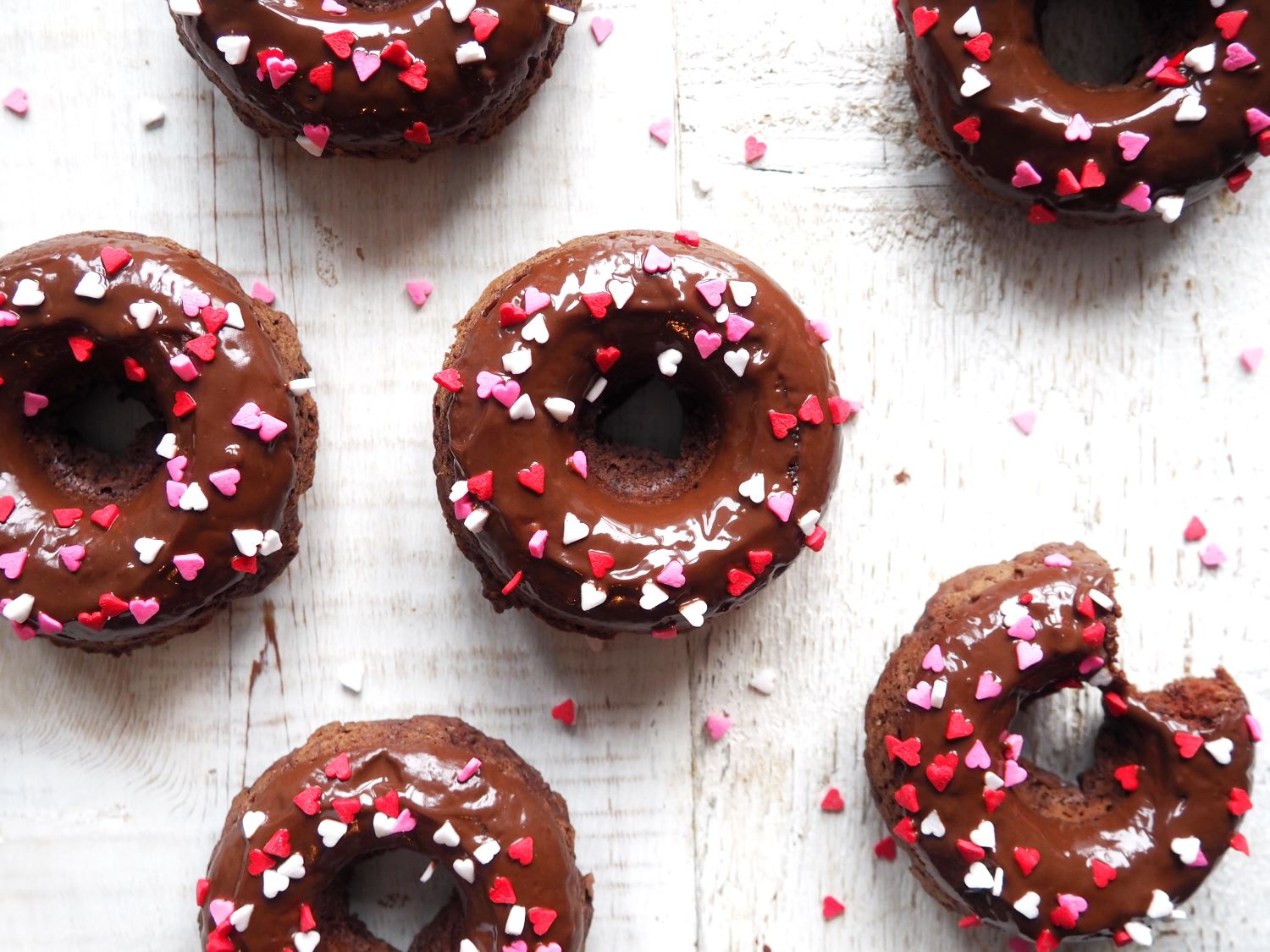Vegan-Chocolate-Donuts-All-Day-Fit